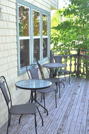 Balcony - Bay Vista Motel Photo