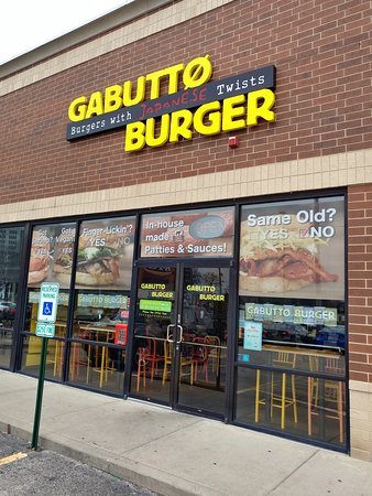 Outside of Gabutto Burger - Rolling Meadows (11/Apr/19).
