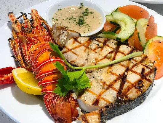 Golden Ocean Seafood: SIOSIO GRILL GRILLED WHOLE LOBSTER, GRILLED CATCH OF THE DAY, SERVE WITH SALAD , FRIES AND LEMON GARLIC BUTTER SAUCE