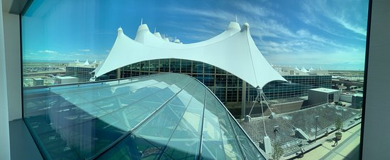 The Westin Denver International Airport: View towards the airport as seen from room 849.