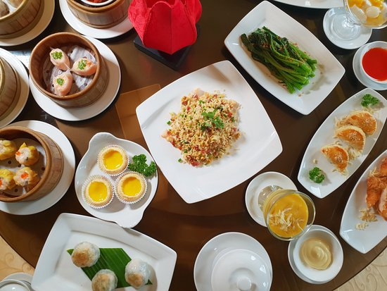 Li Bai Restaurant: Authentic Dim Sum Buffet
