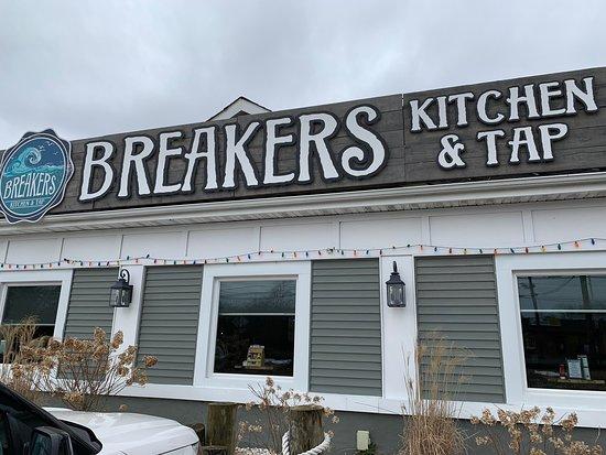 Breakers Kitchen And Tap Picture Of Breakers Kitchen Tap Waretown Tripadvisor