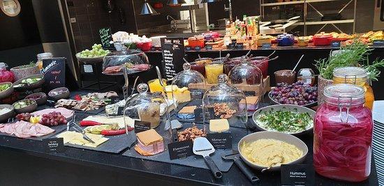 Great Location Great People Great Breakfast!