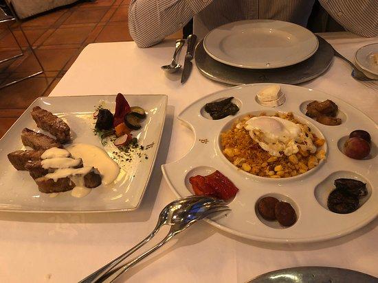 Foto de Parador de Caceres. Restaurante Torreorgaz