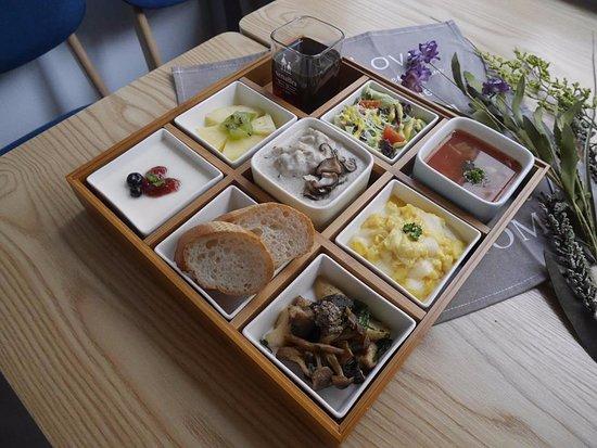 9 Squares Brunch: 法式環遊世界9宮格套餐