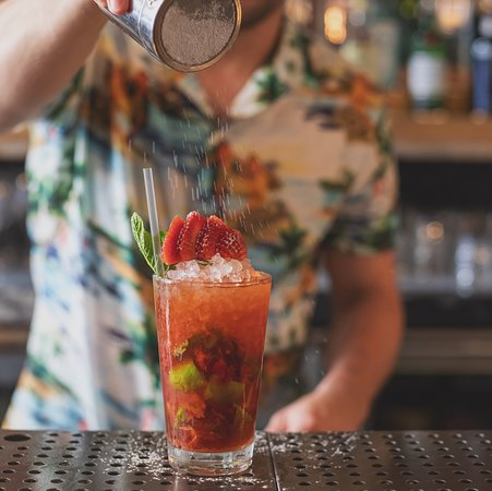 BENZiNA: Strawberry Mojito