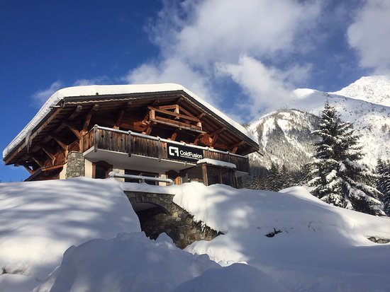 Cold Fusion Chalet Eagle, Morzine - Review of Cold Fusion Chalets