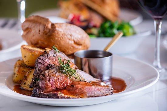 The Minnow: Roast Dinner