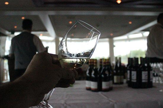 AmaDante: Wine tasting classes