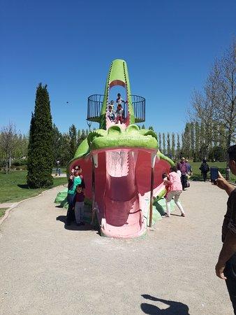 Sazova Park: -