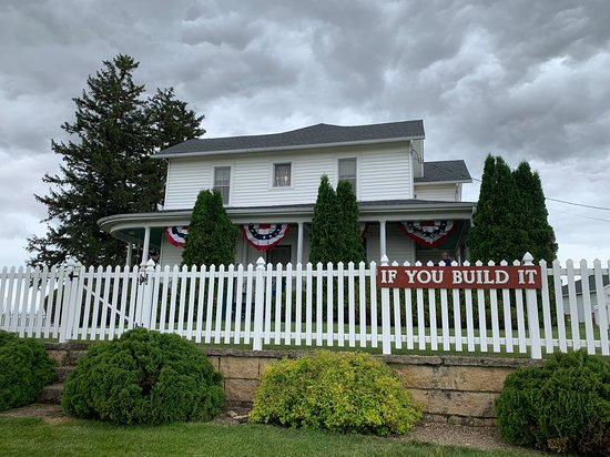 Field of Dreams Movie Site Guided Home Tour in Dyersville: Field of Dreams Home