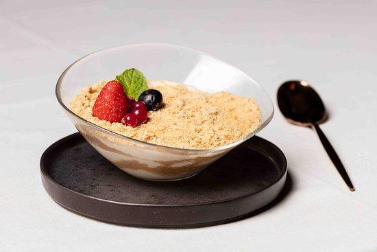 Three Bones Restaurant & Lounge: Sobremesa