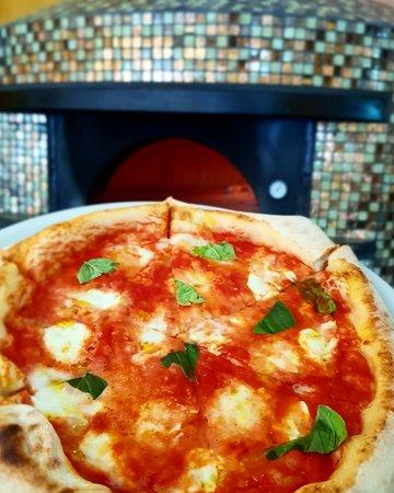 Sua maestà Pizza Margherita.