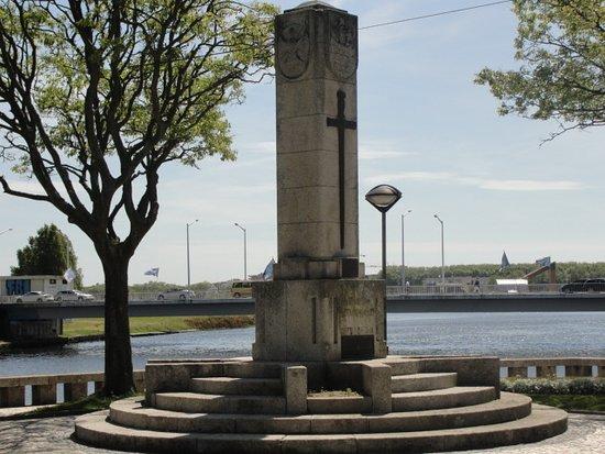 Monumento Aos Combatentes Da Grande Guerra