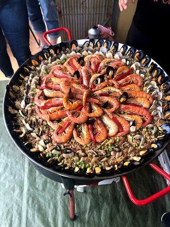 Marta's Private Paella Cooking Classes : End product, So delicious!