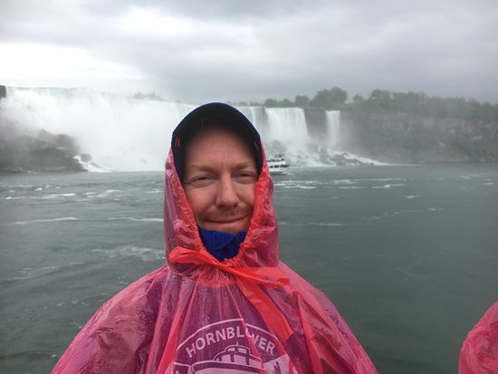 Niagara Falls, Canada: Voyage to the Falls Boat Tour in Canada: American Falls from Hornblower