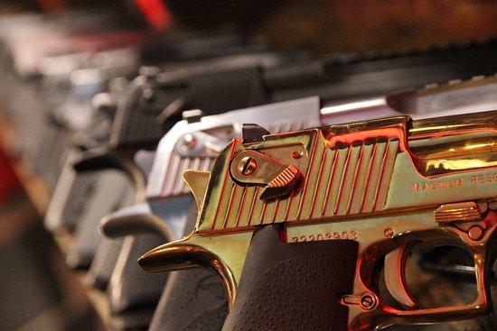 Strip Gun Club: Desert Eagle .50 AE