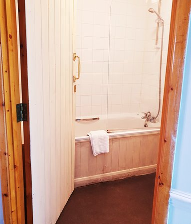 White Horse Inn: Bathroom