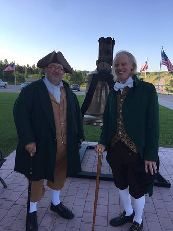 America's Founding Fathers Exhibit: Colonial friends meet up at America's Founding Fathers to talk about the good old days (250 years ago).
