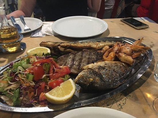 Spartakos Taverna