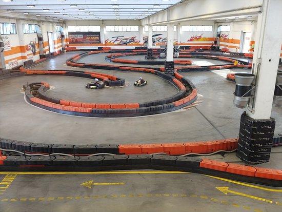 Topfuel Racing Milan Arena: Interno