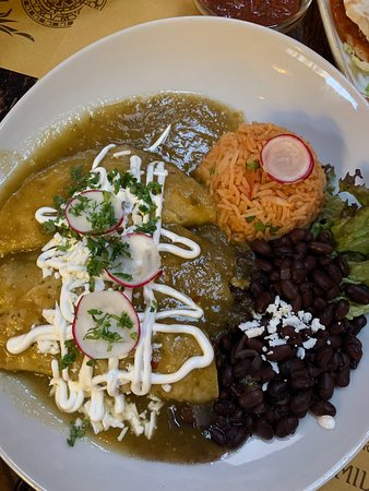 Piedra del Sol: Very authentic mexican restaurant! I really recommend to try it out.