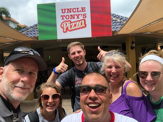 "Eagle Aruba Resort & Casino: Bartender ""ENRIQUE BABY"" and our family"