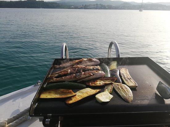 No stress Korcula Boat Excursions