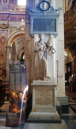 Statua dedicata a Claude Gelee.