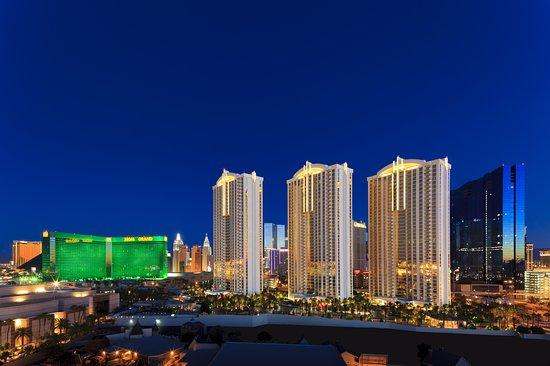 Review of Signature at MGM Grand, Las Vegas, NV