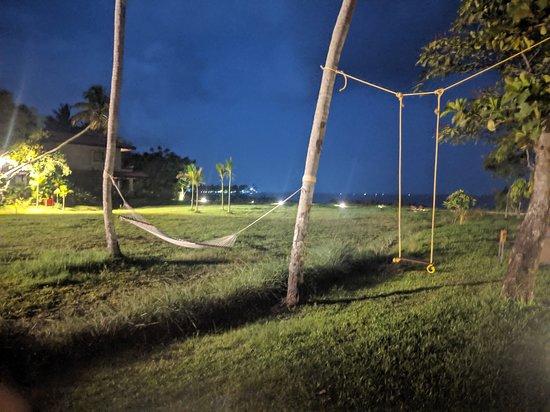 Niraamaya Retreats Backwaters And Beyond: Night view of lake