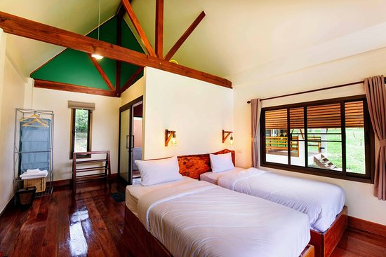 Twin bed bungalow