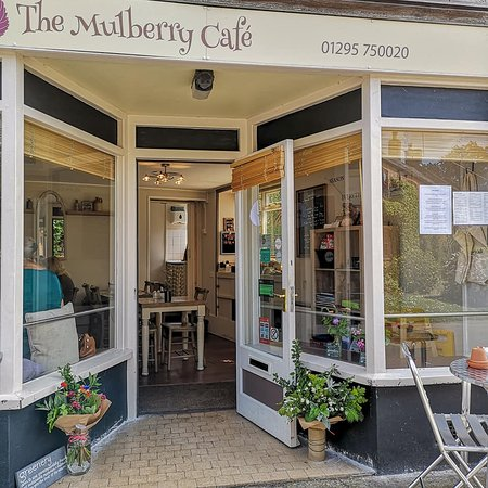 Cropredy, UK: Front of cafe
