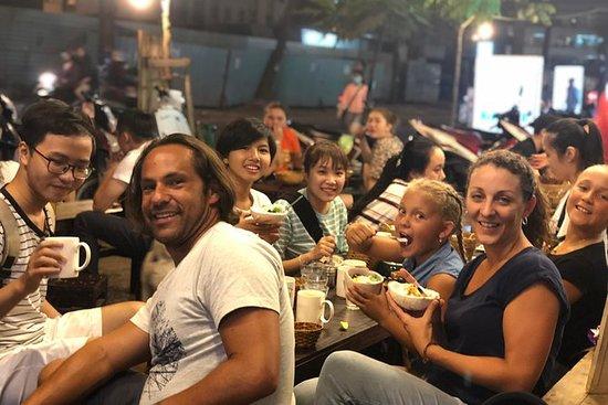 Ho Chi Minh kveldsmatstur med scooter
