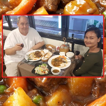 Everyone's favorite beef stew (it certainly was this Canadian-Thai couple's), French style, made with rich, chunky and hearty potatoes and carrots, enveloped in a rich wine sauce, which becomes meltingly tender after cooking. Enjoy! 😋  P.S. As its preparation takes quite some time, please order it a day before!
