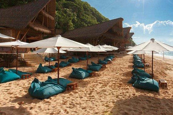 Beachcomber en la península de Bukit de...