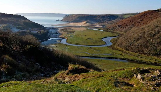 Three Cliffs valley stroll