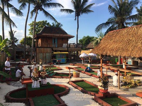 The Coconut Hut Mini Golf