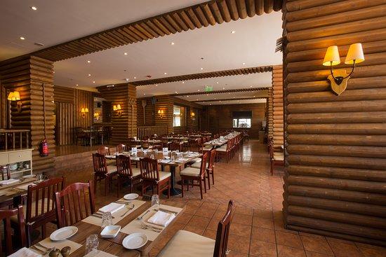 InterContinental Mzaar Mountain Resort & Spa: Restaurant