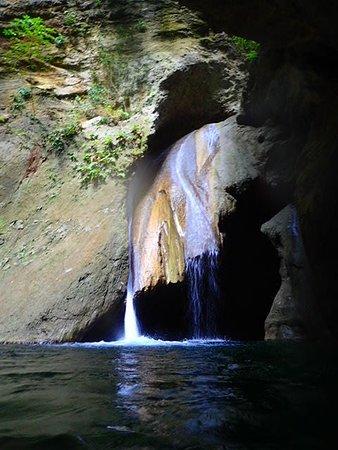 Kabutongan Waterfalls