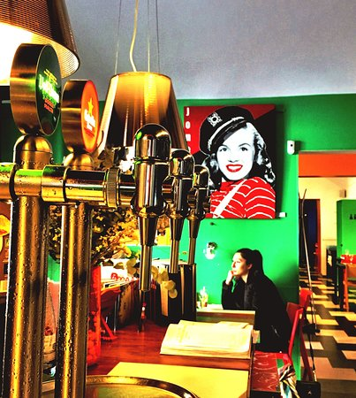 ATN Restaurant: Barra