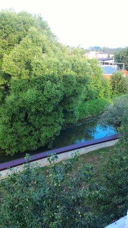 Вид из отеля, речка Яхрома