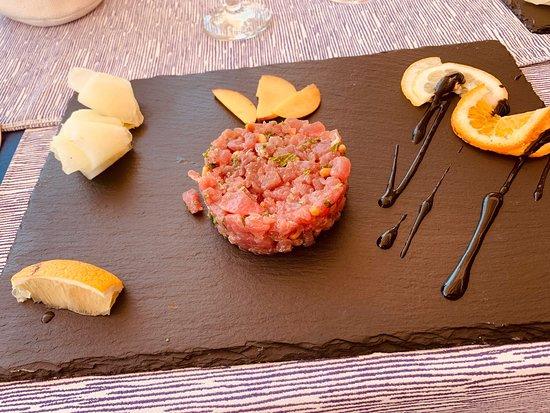 Torre Pali, Ιταλία: Ottima tartare di tonno