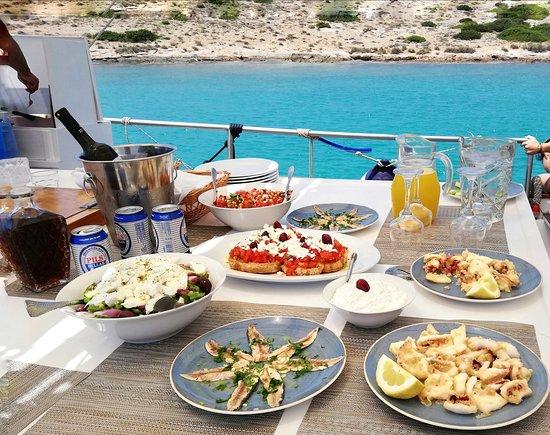 Seafood menu served on board Naousa Paros #pantasoulas_daily_cruises
