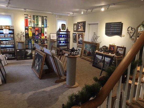 Smithfield, VA: Five rooms of original art,prints Bronzes woood turning and gift items