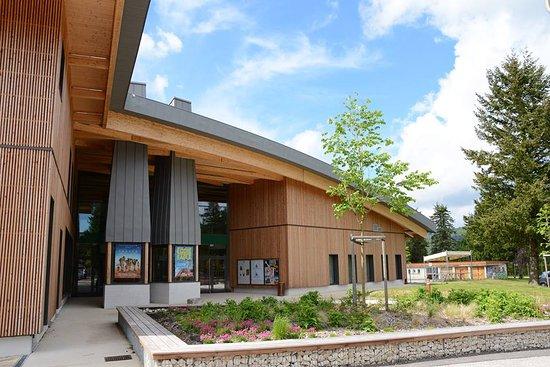 Le Cairn, centre culturel et sportif