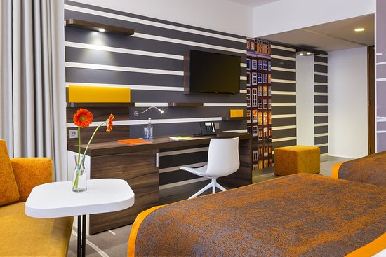 Holiday Inn Amsterdam: Guest room