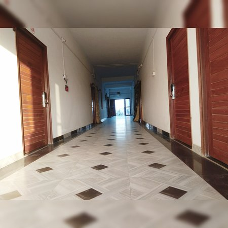 Araria, الهند: Peaceful Place, Mona Hotel