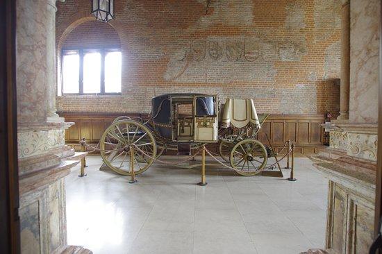 Carrozza di gala nella Sala dei Decurioni