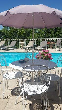 la belle vie : la piscine plein air